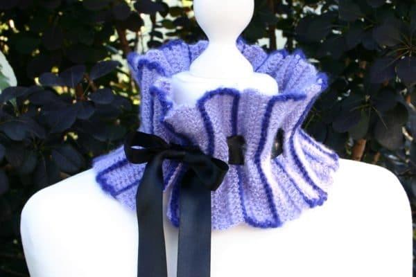 Vintage-Schalkragen mit Schleife