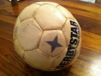 UPCYCLING-Fußball-Lampe