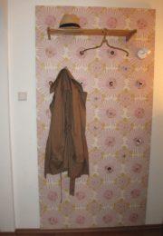 Tapeten-Garderobe
