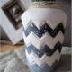 Zickzack-Vase aus Gips