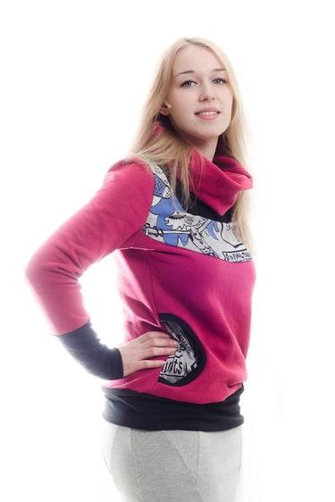 Kuschliger Pullover mit Kragen und Taschen
