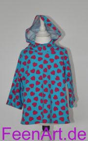 Blaues Kapuzenshirt mit Herzchen