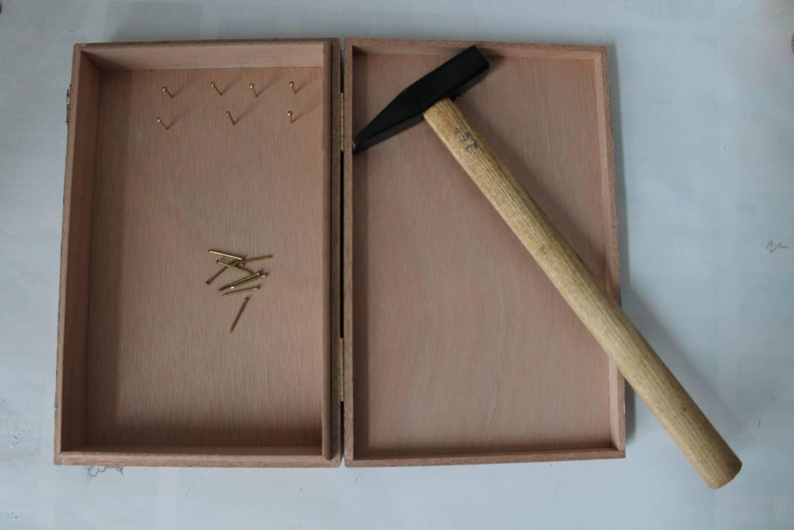 Holzbox upgrade zum wand schmuckk stchen handmade kultur - Klebefliesen ka chenwand ...