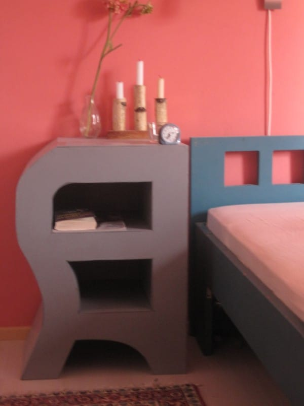 m bel aus pappe upcycling projekte handmade kultur. Black Bedroom Furniture Sets. Home Design Ideas