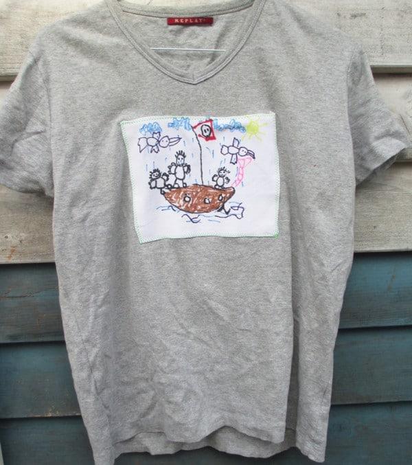 Kleinkunst auf Papas Shirt