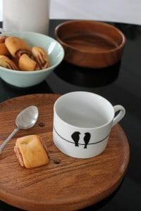 Tassen mit Porzellanstift bemalen