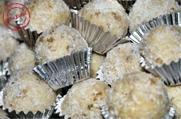 Weiße Schokolade Kokos Bällchen