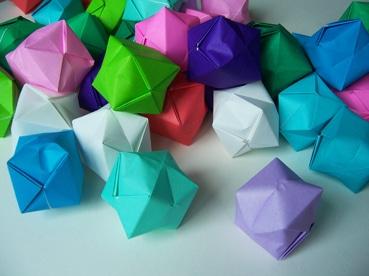 kurs origami f r kinder handmade kultur. Black Bedroom Furniture Sets. Home Design Ideas