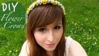 DIY Blumen-Haarkranz aus echten Blumen flechten