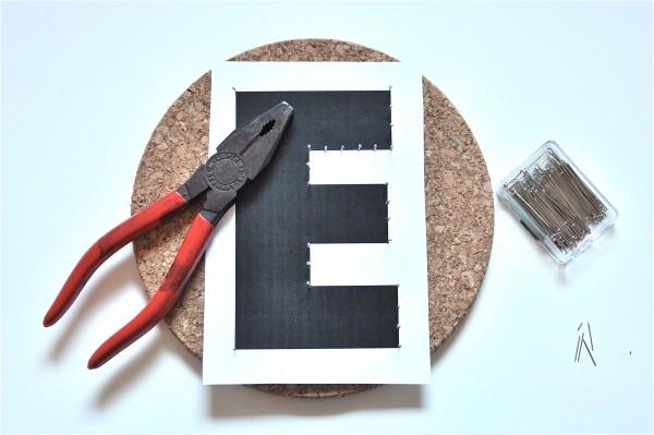 mini ikea hack monogramme schief gewickelt handmade kultur. Black Bedroom Furniture Sets. Home Design Ideas
