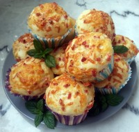 Gefüllte Käsebrötchen - die perfekte Grillbeilage