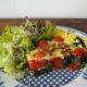 Quiche mit Spinat, Speck, Tomaten und Walnüsse