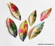 Herbstblätter aus Papier