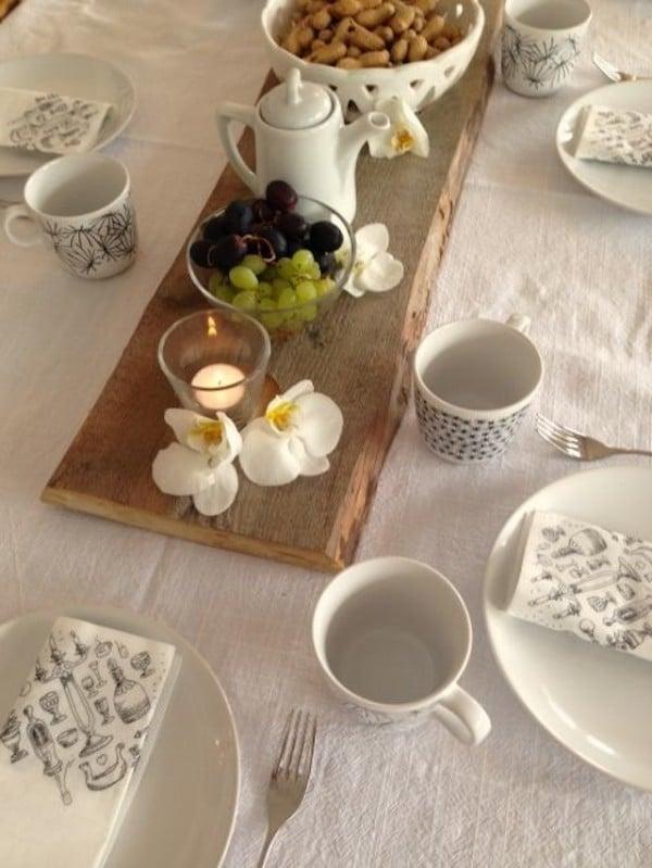 Tischdekoration aus Altholz
