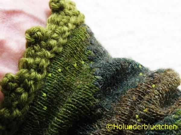 Pulswärmer aus ausrangierten Wollstrümpfen
