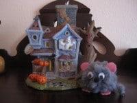 kleines graues Mäuschen
