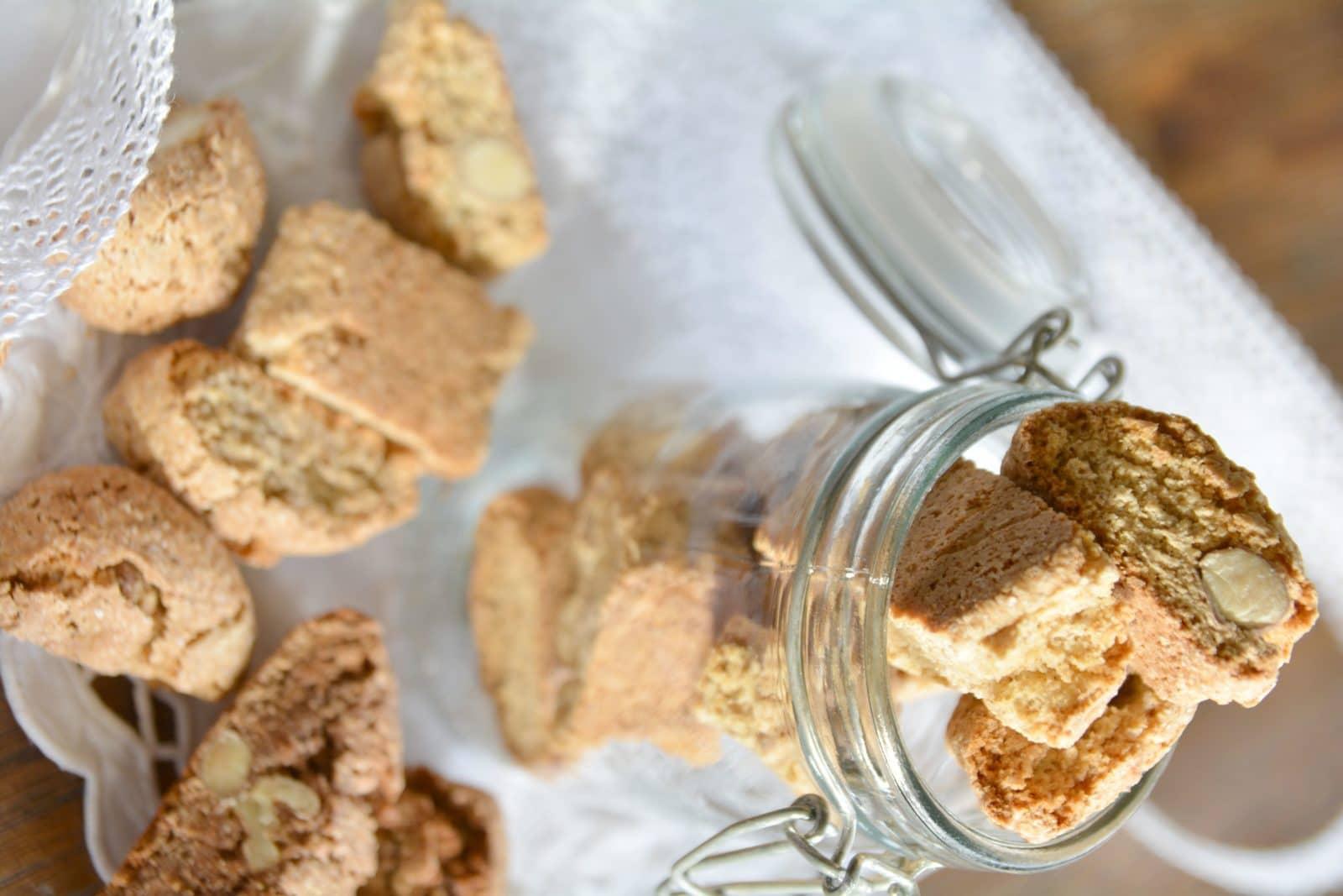 Cantuccini-Bäckerei - drei Varianten