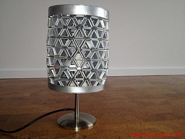 meine tetra pack lampe oder eine woche ohne schlaf handmade kultur. Black Bedroom Furniture Sets. Home Design Ideas