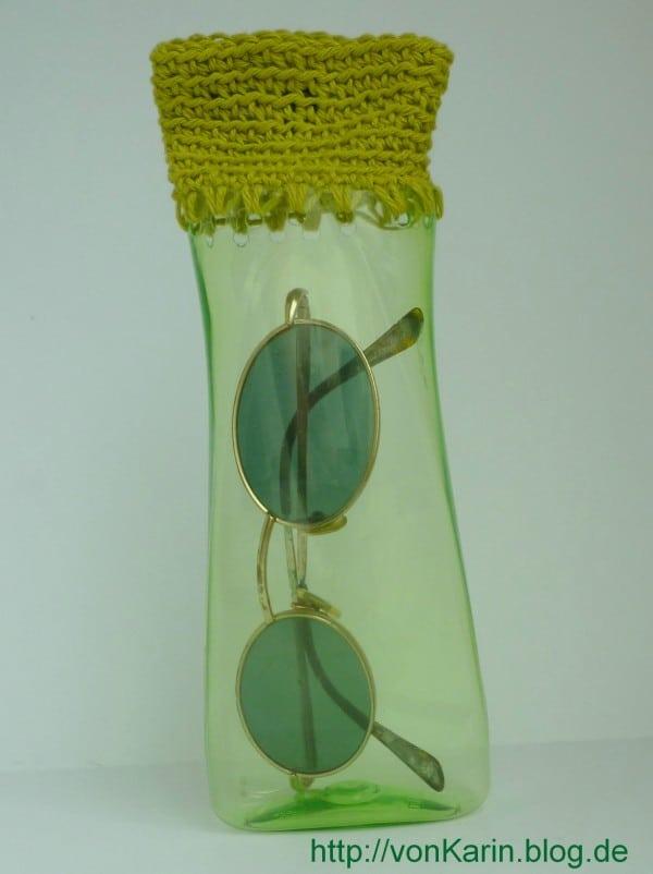 Brillenetui aus Shampoo-Flasche