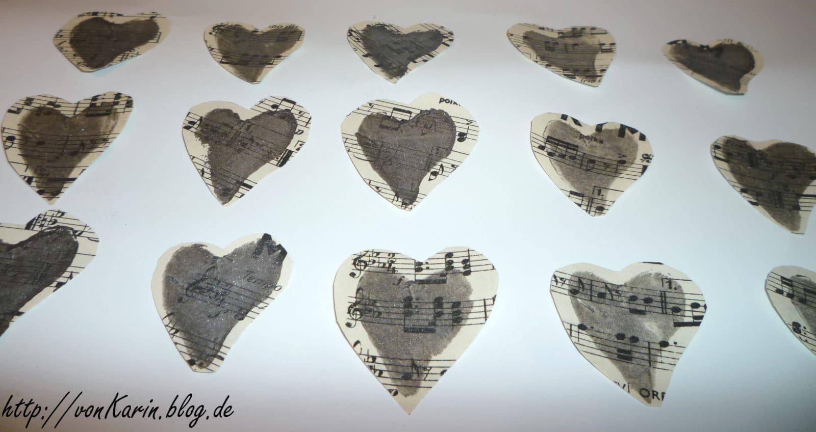 Sterne Und Herzen Aus Notenblättern Handmade Kultur