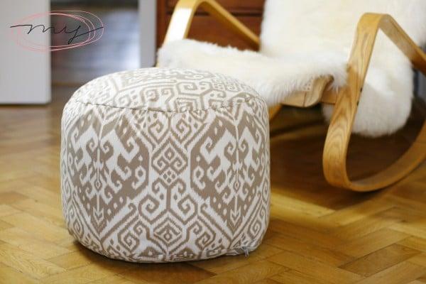diy pouf stylishes und superpraktisches sitzkissen handmade kultur. Black Bedroom Furniture Sets. Home Design Ideas