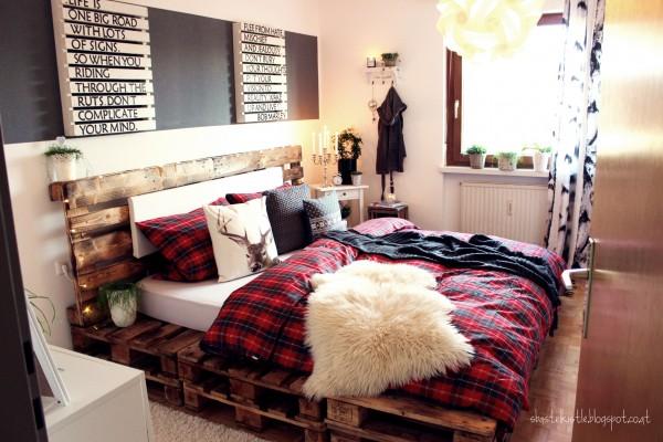 kreativblog bett aus paletten handmade kultur. Black Bedroom Furniture Sets. Home Design Ideas