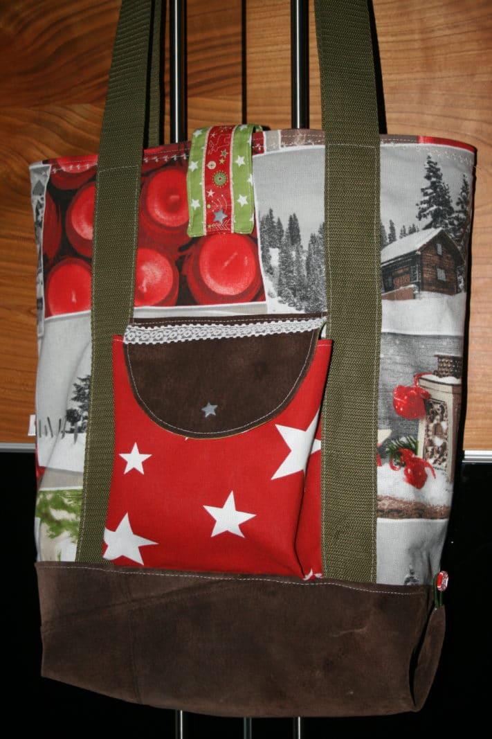 Frau braucht doch für jeden Anlass die passende Tasche... ;-)