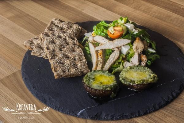 Scharfer Papaya Rucola Salat