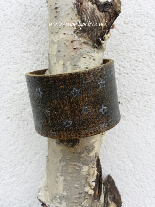 Armband aus Ledergürtel