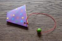 Kleine Nachmittagsfalterei oder wie man an trüben Tagen ein Origami Fangspiel faltet