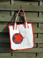 Recycling Shopper aus Surfsegel