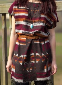 Das Kleid aus einem Schal