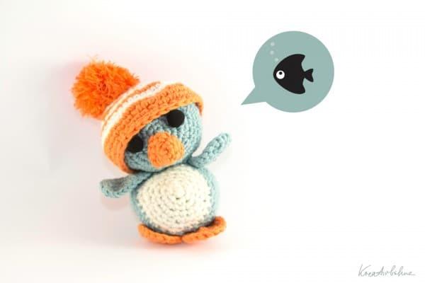 Amigurumi Pinguin mit XXL-Mützchen