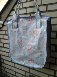 Recycling Shopper aus Knallfolie