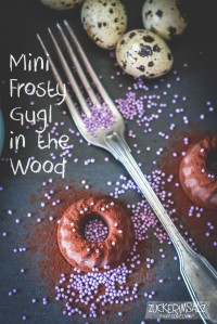 Mini Frosty Gugl in the Wood