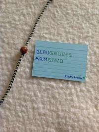 blau-grünes flechtarmband