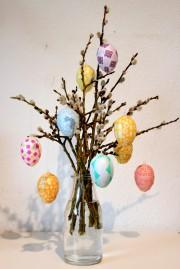 Bunt geklebt zu Ostern