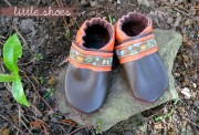 Babies erste Schuhe