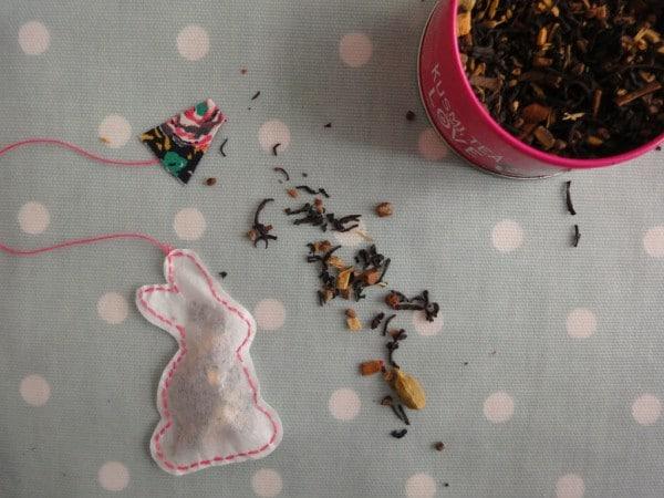 Osterbastelei: Hop hop, in die Tasse