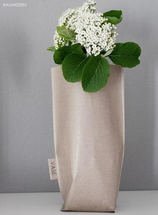 Vasenhussen aus Packpapier