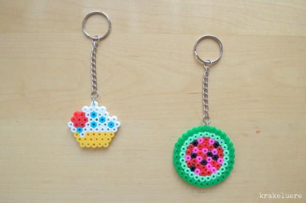 Schlüsselanhänger aus Bügelperlen: Muffin & Melone
