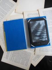 Upcyclingprojekt aus altem Buch: Ebook-Reader-Hülle