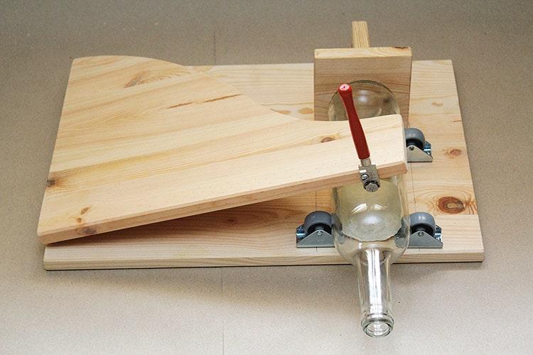 flaschenschneider selber bauen diy wir bauen einen flaschenschneider 3 d router pantograph. Black Bedroom Furniture Sets. Home Design Ideas