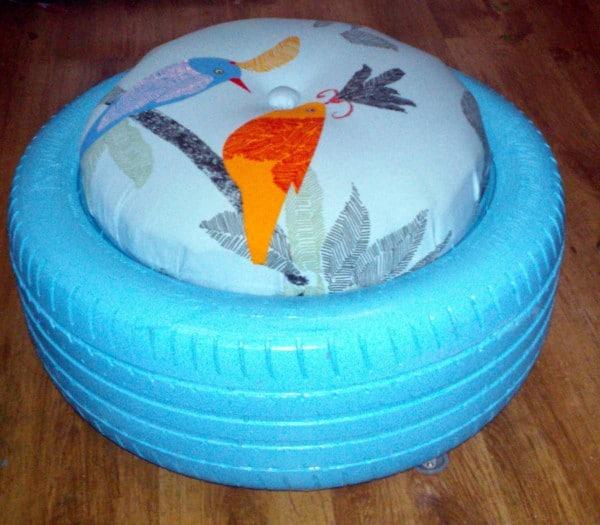 upcycling m bel hocker aus autoreifen handmade kultur. Black Bedroom Furniture Sets. Home Design Ideas
