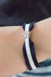 Armband aus Matrosenpulli-Stoff