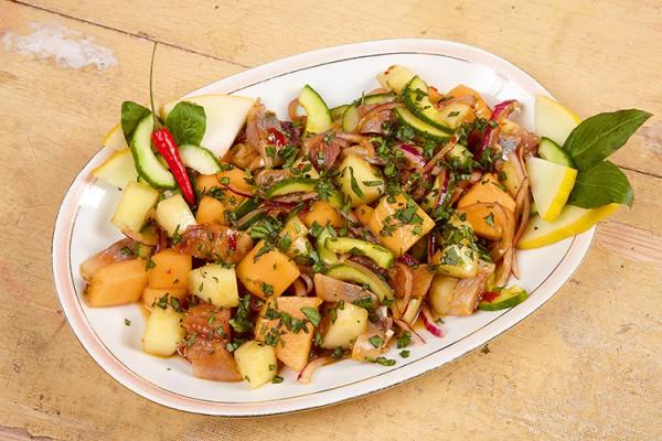 Asiatischer Matjessalat