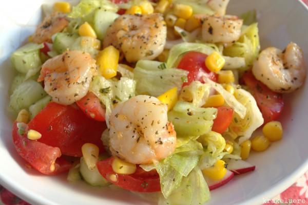 Sommersalat mit Shrimps