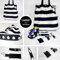 Strandtasche mit Accessoires