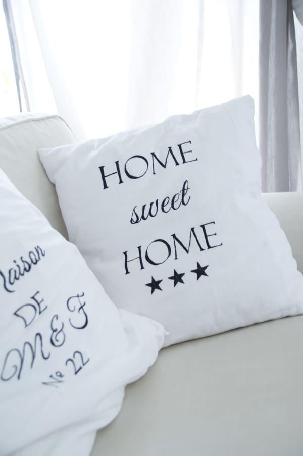 kissen mit schrift handmade kultur. Black Bedroom Furniture Sets. Home Design Ideas