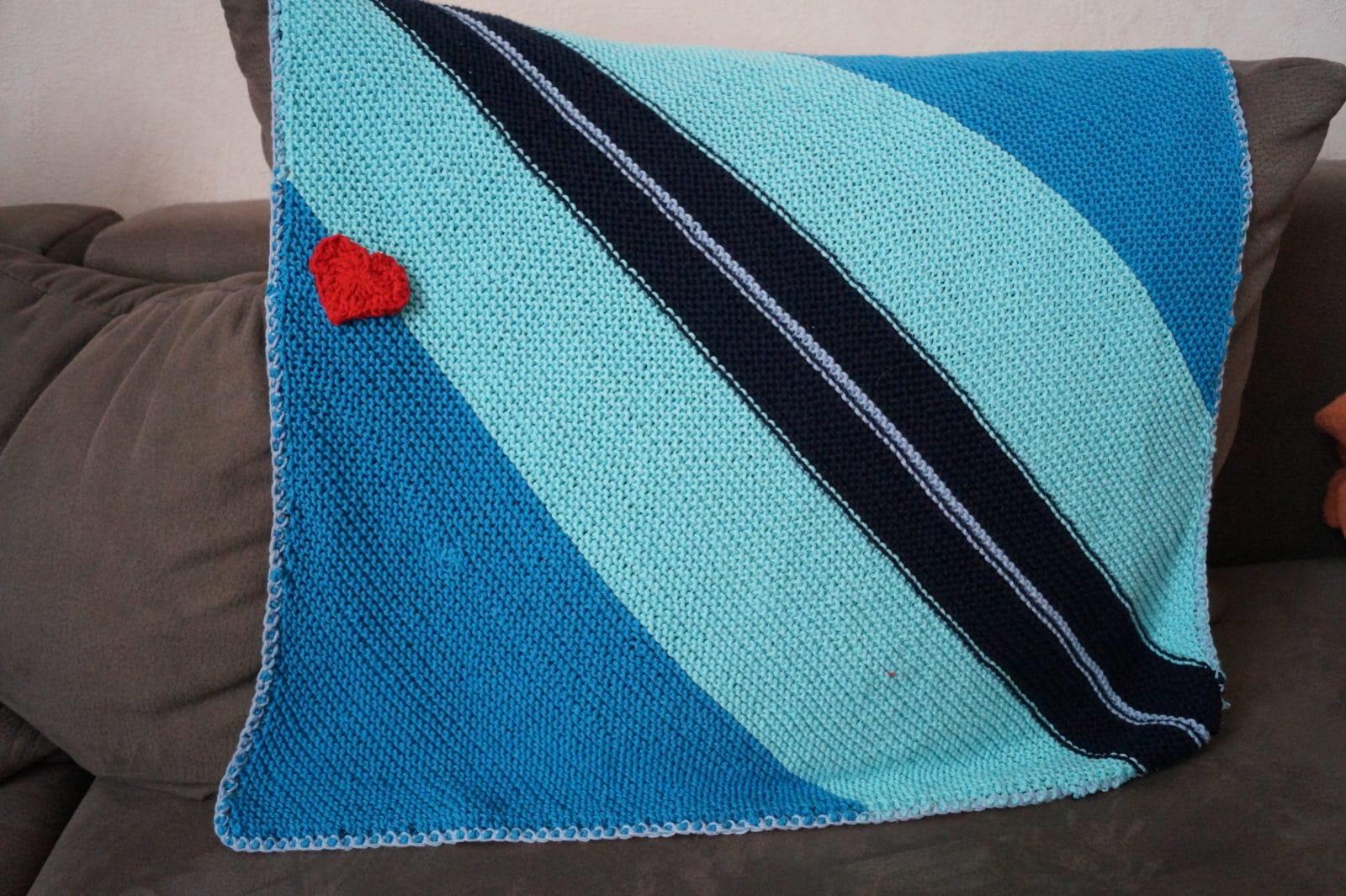 maritime babydecke handmade kultur. Black Bedroom Furniture Sets. Home Design Ideas